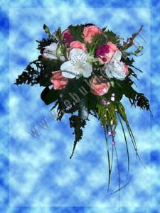Bukiet ślubny dla pani młodej z różowej róży