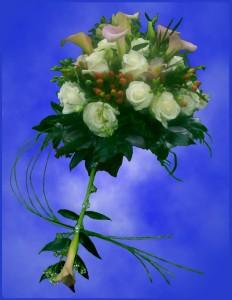 Bukiet ślubny z białej eustomy i kalii