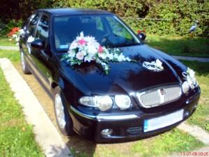 Dekoracja i wynajem samochodu na ślub
